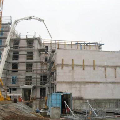 Betonieren mit Betonpumpe, Haus 8 und 9