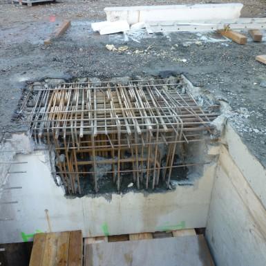 Unterzugsauflager nach Abbruch mit Wasserdruck